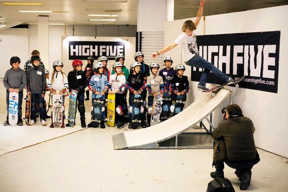 HIGH FIVE Skateboard Workshop